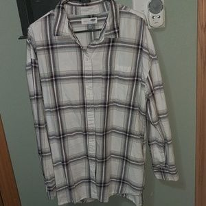 Old Navy women's flannel button up shirt